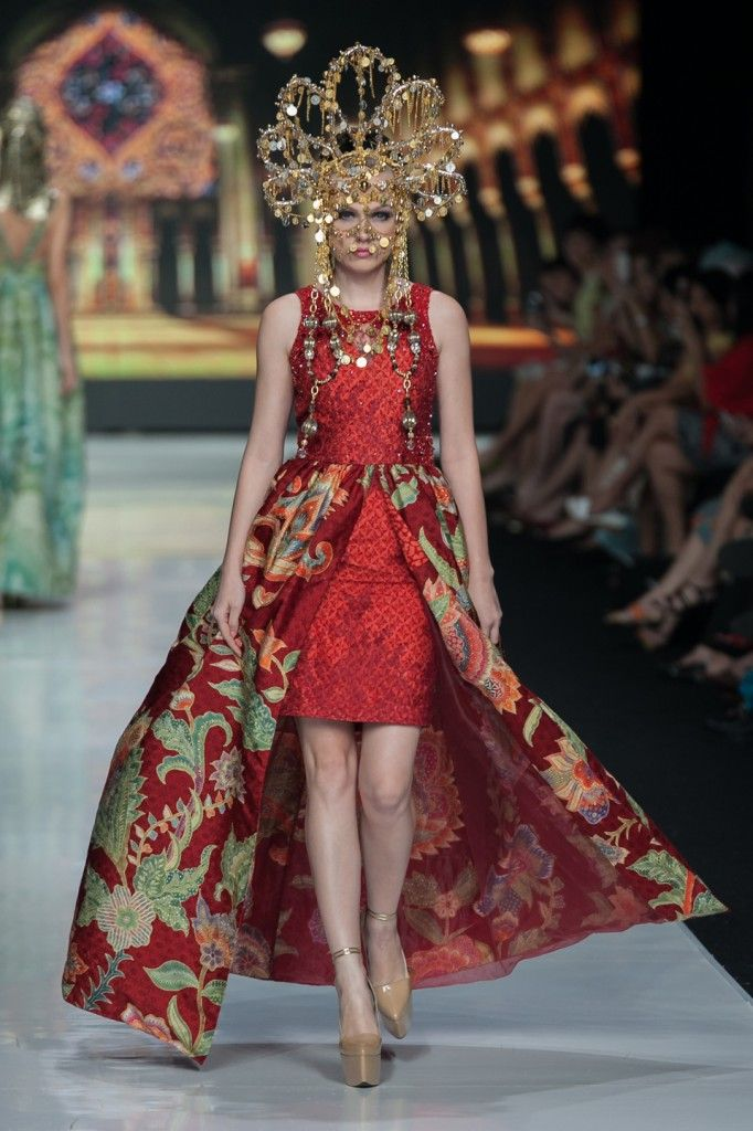 17 Best Images About Jakarta Fashion Week 2014 On Pinterest Fashion Weeks Scene And Tans