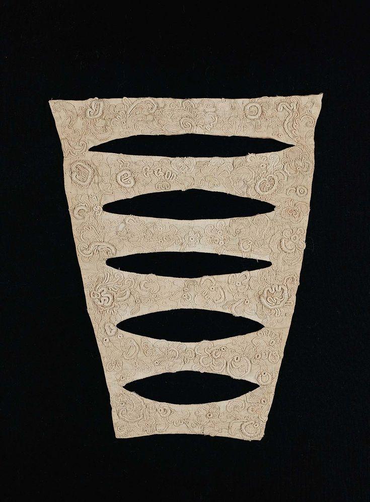 1690-1710, Europe - Stomacher - Linen, Appliqué