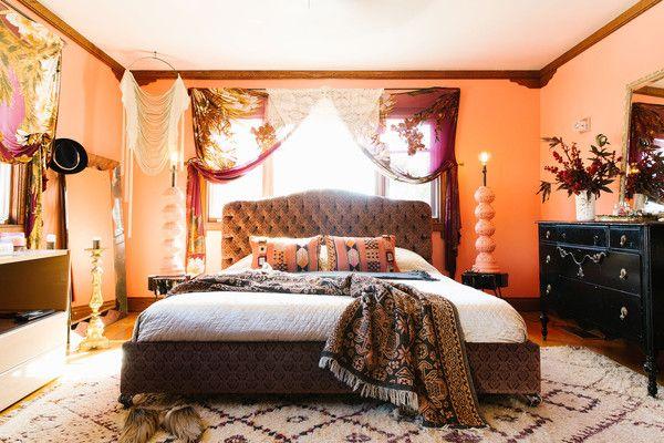 Pretty Perch - Home Tour: Christina Karras's Free-Spirited California Home - Photos