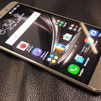 Премиальный смартфон с мощной камерой и 256 ГБ памяти ASUS ZenFone 3 Deluxe Special Edition