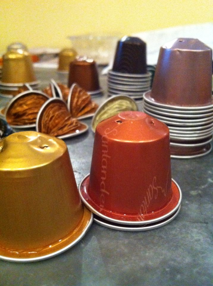 11 best images about capsule nespresso on pinterest for Porte 60 capsules nespresso