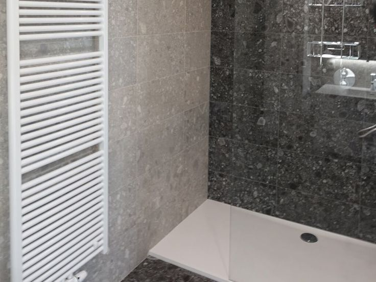 13 best Badkamer Realisaties images on Pinterest | Bathroom ideas ...