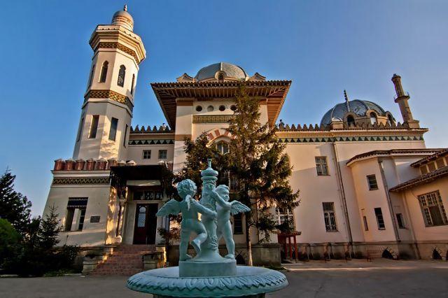 Город Феодосия – известный курорт Восточного побережья Крыма