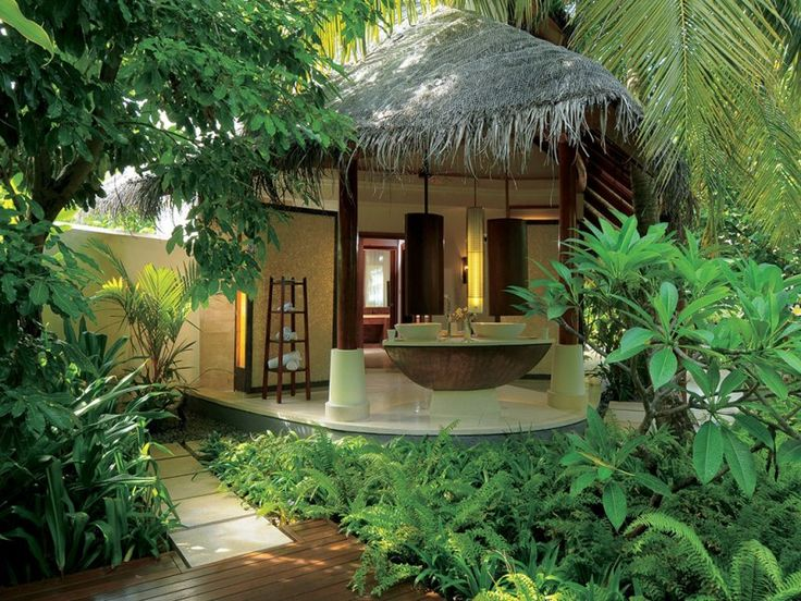 Gorgeous Constance Halaveli Maldives Resort in the ...