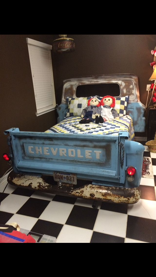 Repurposed Chevrolet Truck Sleeping Beds Image By Michael