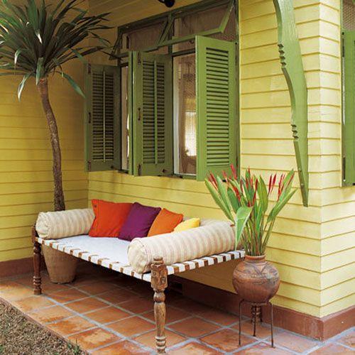 Poppytalk: Thoughts of a cosy backyard