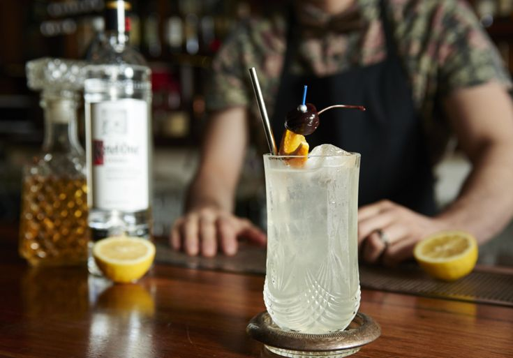 The team behind New York's famed Please Don't Tell show you how to make a Jan Collins.