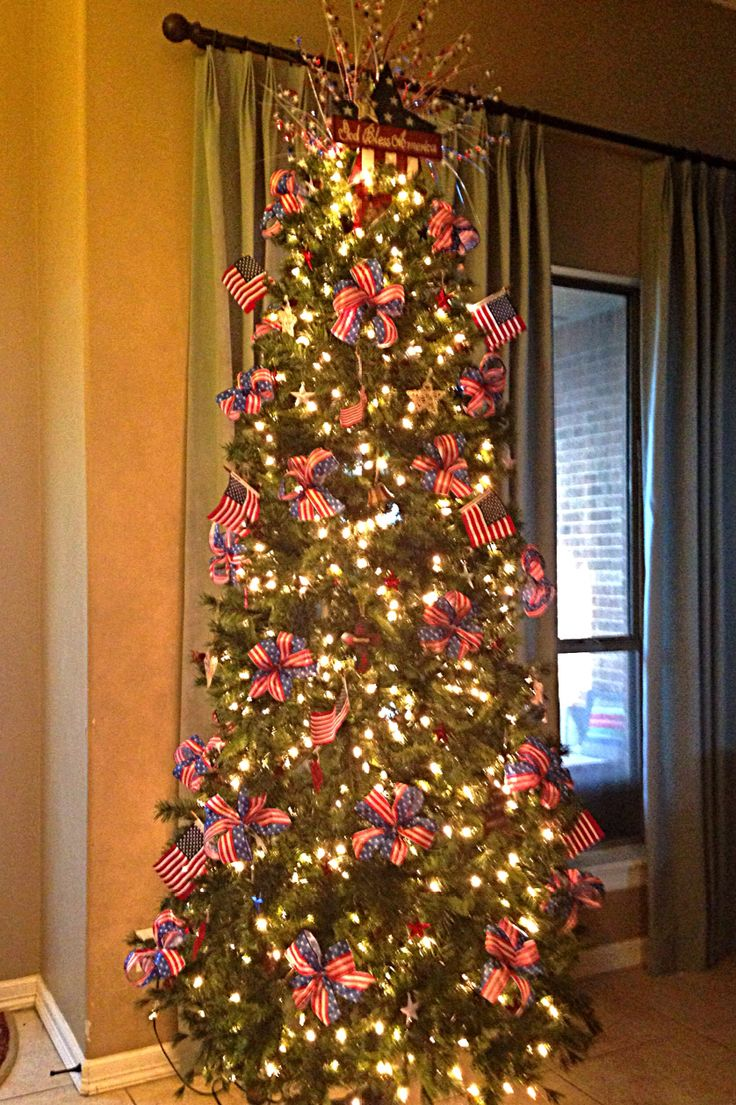 22 best images about year round tree ideas on pinterest for Year round christmas tree