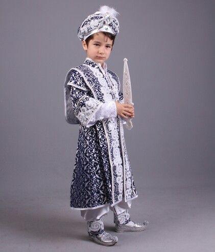 Kayı beyaz lacivert şehzade sünnrt kıysfetleri 0212 909 32 31 Whatsapp 0507 896 02 02 www.sunnetcarsisi.com
