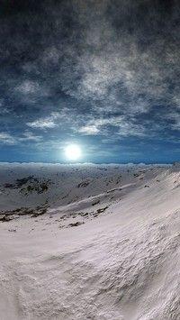 Wieczny śnieg w górach