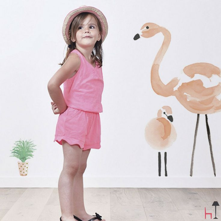 The Flamingo wall sticker set is ideal to create a beautiful relaxing atmosphere in your child's room.