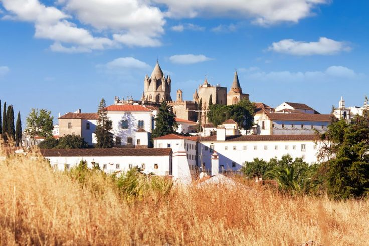 WHY WE DON'T RECOMMEND A DAY TRIP TO EVORA PORTUGAL
