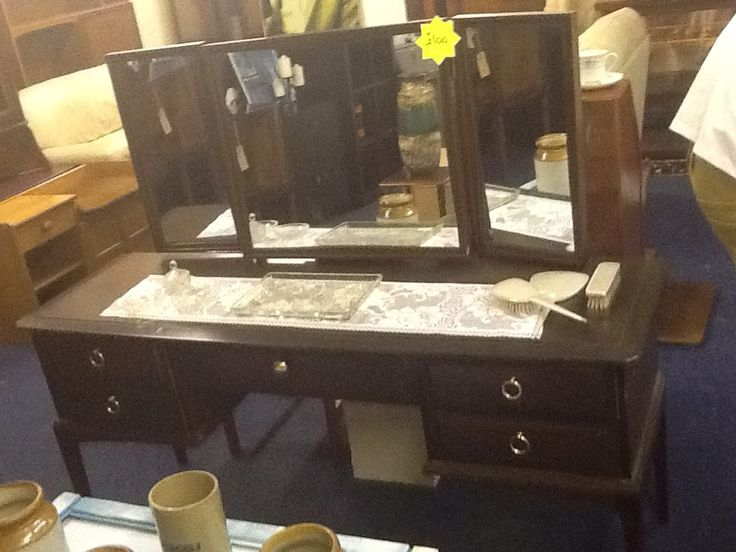 Stag dressing table with leaded mirrors £100