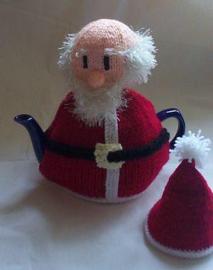 Santa Claus tea cozy, found on : http://www.santaspostbag.co.uk/Santa-claus-teacosyknitting-pattern.shtml