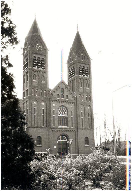 147965 RK-Kerk St. Gertrudis, Kerkstraat... | Zoek resultaat | Fotohistorisch