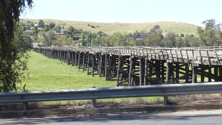 It's hard to believe that until the early 80's this bridge (nearly a kilometre long) was a part of our busiest highway (Hume Highway at Gundagai)