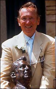 Jan. 25, 1992 — Raiders owner-leader Al Davis voted into Pro Football Hall of Fame; Al Davis poses with his Hall of Fame bust.