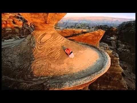 MAESTRO ONLINE TRAVEL EGYTTO offre una vasta gamma di avventura, attività e vacanze culturali in Egitto. https://youtu.be/SdWbb6AO27M