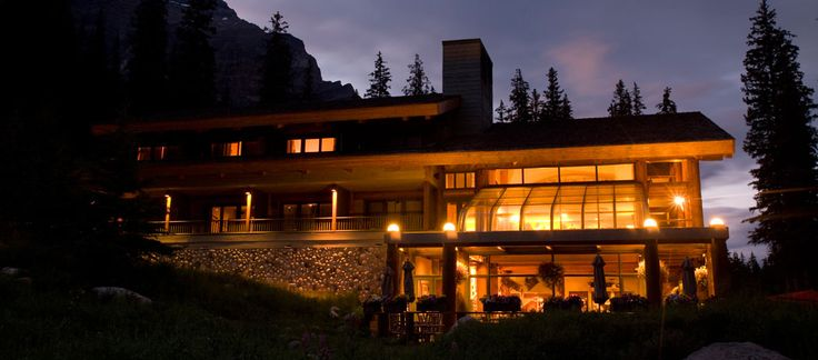 Luxury Banff Lodge & Cabins in the Rocky Mountains | Moraine Lake Lodge