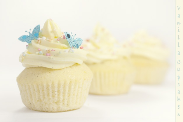 Cupcake alla vaniglia (http://www.profumidalforno.it/portal/lucedalforno/Dolcezze/cupcake)
