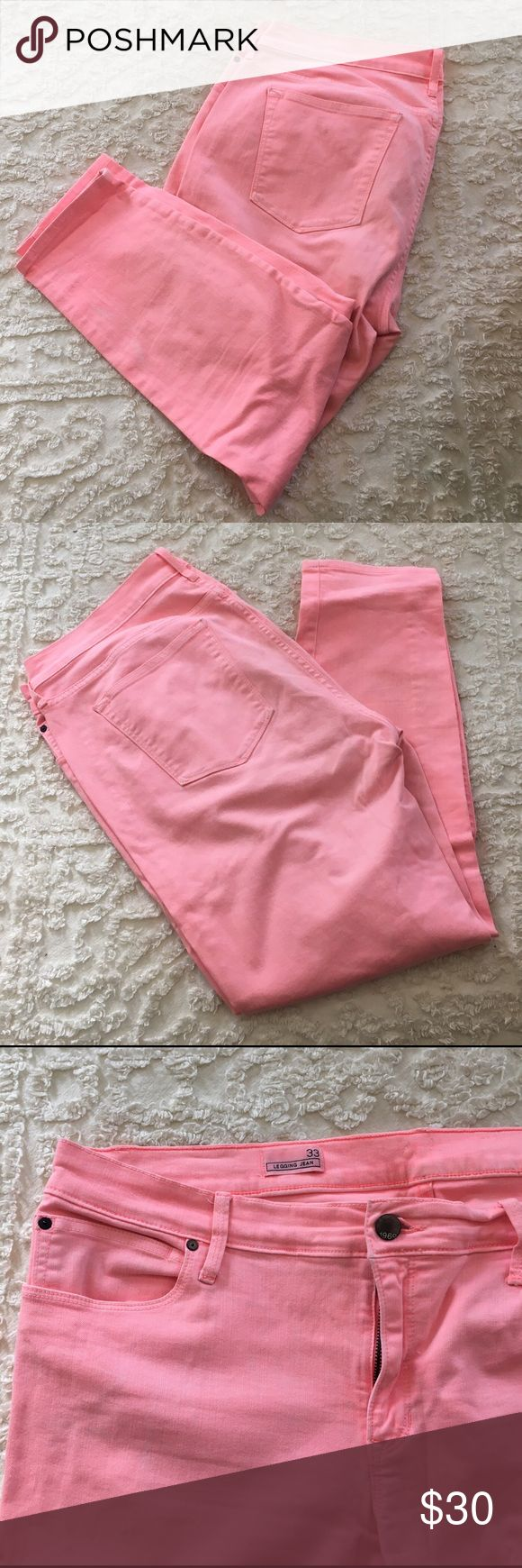 🍑 Peach Pink Stretch Skinny Jeans GAP PLUS 🍑 Love these!  Love the color.  Super stretchy!  Small fading discoloration at ankle of Pant barely noticeable adds character if you ask me 😊 (see first pic) and just noticed an eyeliner mark on them (pictured).  Lowering price accordingly. GAP Jeans Ankle & Cropped