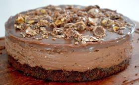 Ζαχαροπλαστική Πanos: Cheesecake Ferrero Rocher με πραλίν…