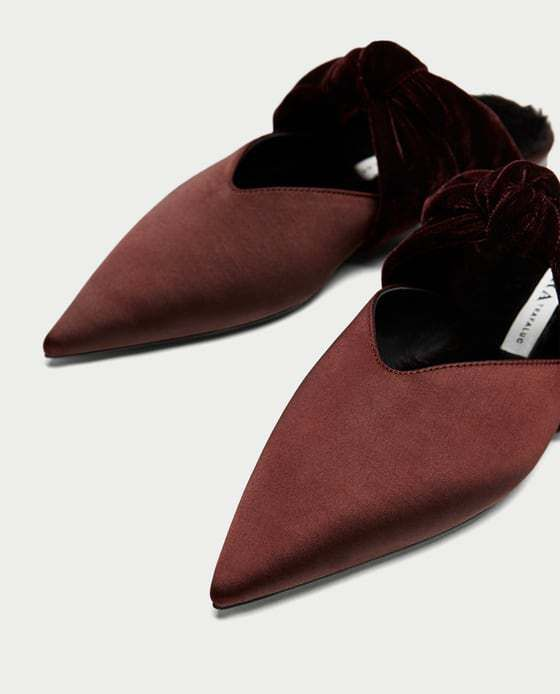 Velvet Backless Shoes with Bow. These shoes will complete ANY outfit or occasion! Faux fur inside shoe!