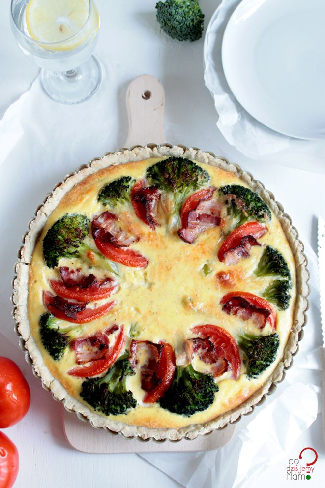 Tart with broccoli and tomato [by codzisjemymamo?]