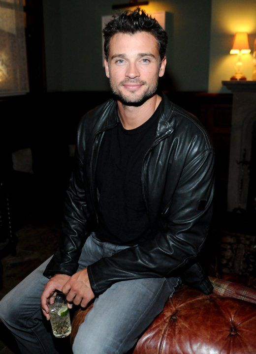Tom Welling - what a perfect human being looks like