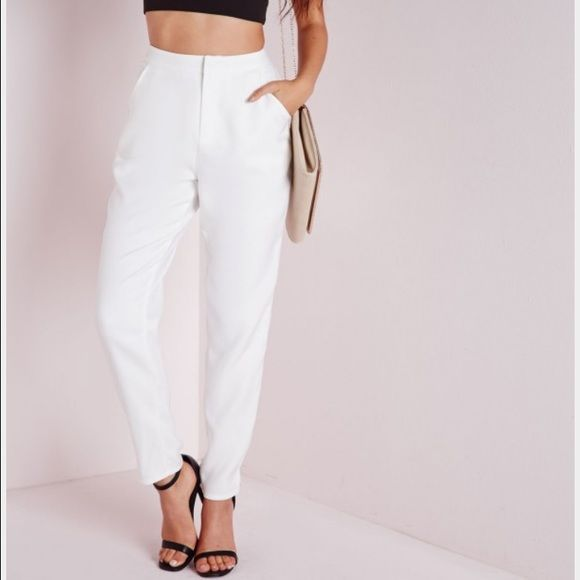 Missguided white cigarette trousers Bnwt white dress trousers. Tapered leg. Super cute just doesn't fit me right Missguided Pants Trousers