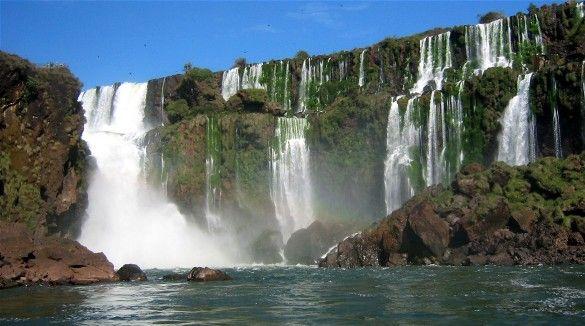 Parque Nacional Iguazú and Parque Nacional do Iguacu (Iguazu National Park, Argentina/Brazil)