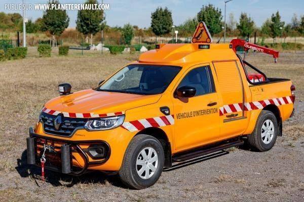 le #Renault Alaskan en mode patrouilleur - http://ift.tt/1HQJd81