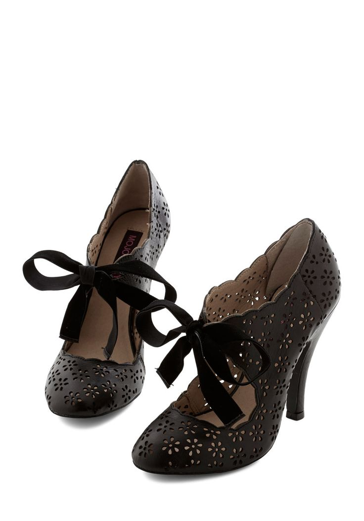 Cutie Alert Heel in Black. Declare you're darling from your head to your toes by stepping out in these bold black heels! #black #prom #modcloth