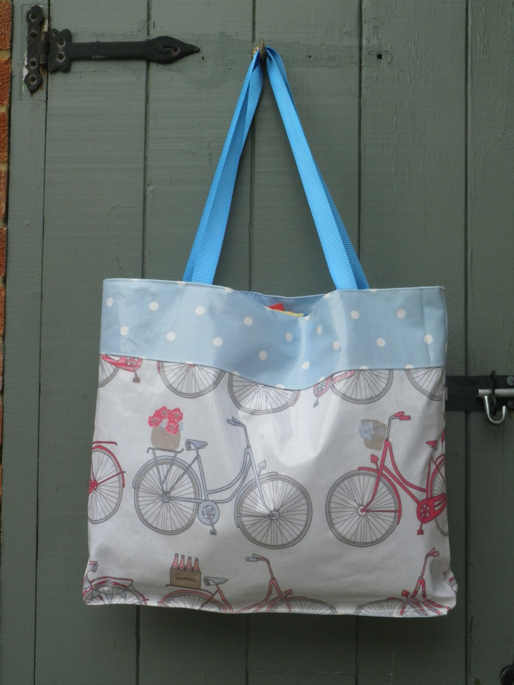 Summer Bike Ride holiday tote, fully lined, with contrast spot base and top. From www.etsy.com/shop/dagenaisdesign