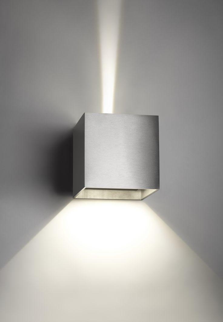 Box vägglampa – Large från Light point hos ConfidentLiving.se