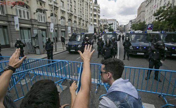 Los cuatro taxistas detenidos en la manifestación de Madrid, en libertad con cargos
