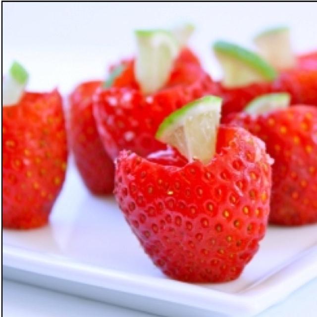 Strawberry margarita jello shots | FOOD | Pinterest