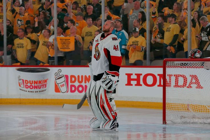 PITTSBURGH, PA - MAY 25: Craig Anderson #41 of the Ottawa Senators looks on prior to Game Seven of the Eastern Conference Final against the Pittsburgh Penguins during the 2017 NHL Stanley Cup Playoffs at PPG PAINTS Arena on May 25, 2017 in Pittsburgh, Pennsylvania. (Photo by Kirk Irwin/Getty Images)