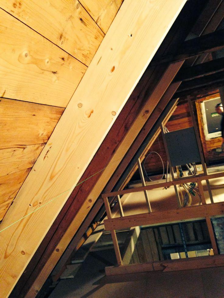 Veien til drømmebolig: Utforing i tak på loftet.