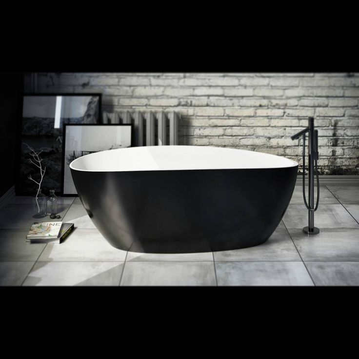 Are you looking forward to enjoy the upcoming weekend? Our bathtubs will give you the pleasure and relaxation that you haven't even dreamed of.   #marmite #marmiteSA #thebeautyofprecision #bathtub #bathroom #simpledesign #designepure #designsemplice #customized #personnalise #personalizzato #style #stile #salledebain #badewanne #badezimmer #interieurdesign #quality #relax #pleasure #plaisir #voluptuousness #design #stanzadabagno