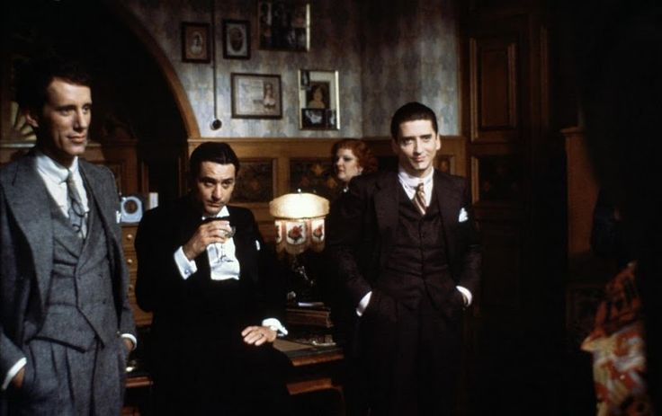Once Upon a Time in America - Robert De Niro, James Woods, Elizabeth McGovern