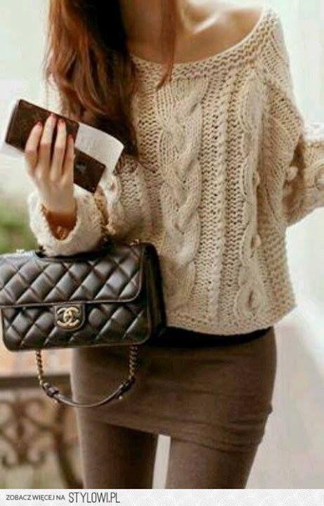 damski sweter w warkocze