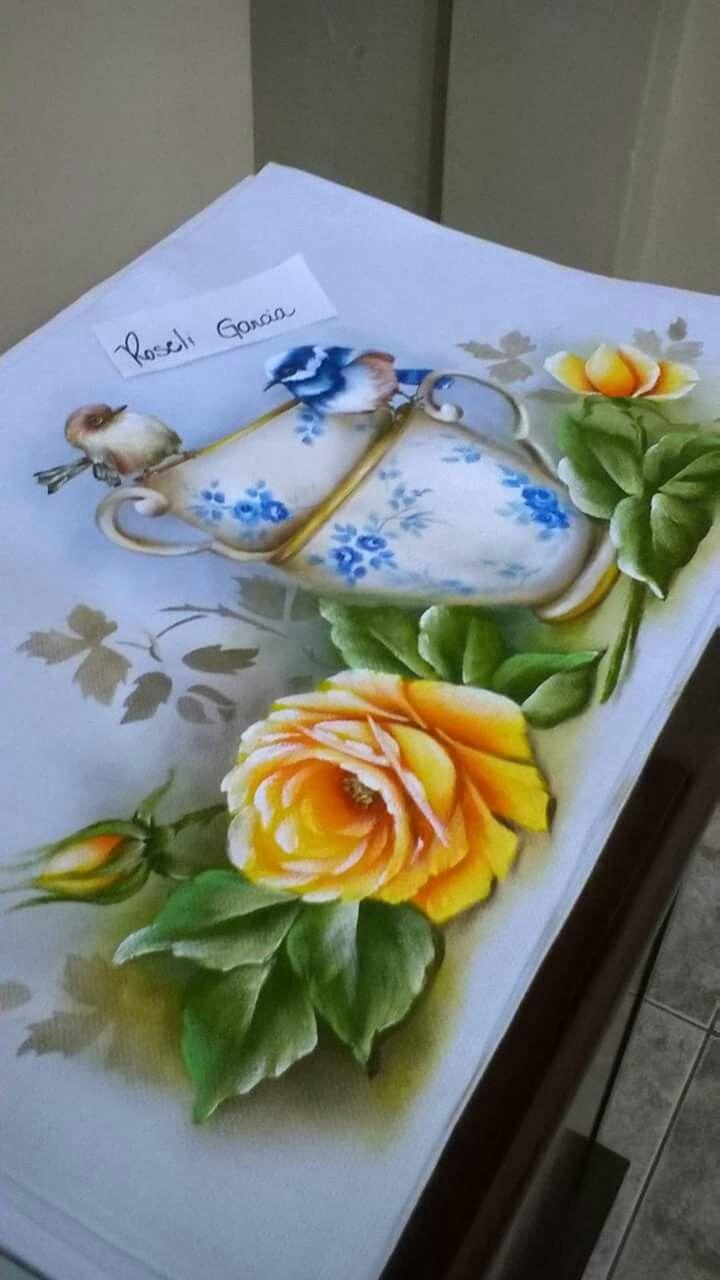 17 melhores ideias sobre pintura em tecido flores no for Como pintar puertas de sapeli