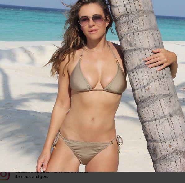 Elizabeth Hurley conta como mantém a forma aos 51 anos