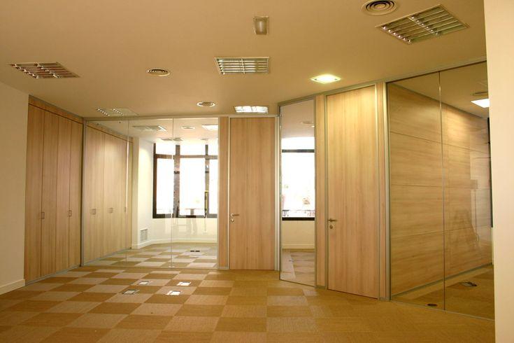 Instalación de mampara de oficina en Xanela Producciones, productora de Pasapalabra
