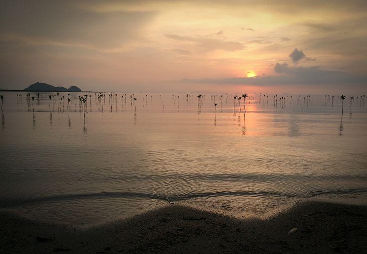Petit coucher de soleil à Koh Phangan, Thailand by Kévin André - Photo 126640375 - 500px