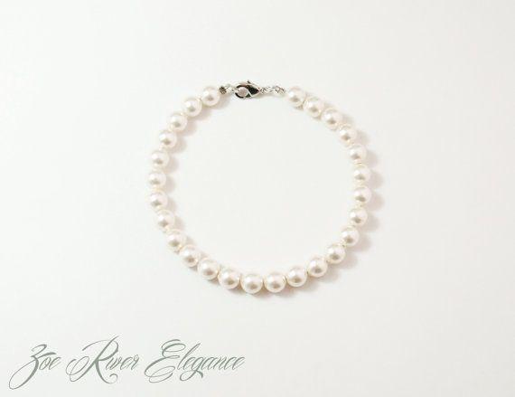 SALE Swarovski pearl silver bracelet elegant by ZoeRiverElegance