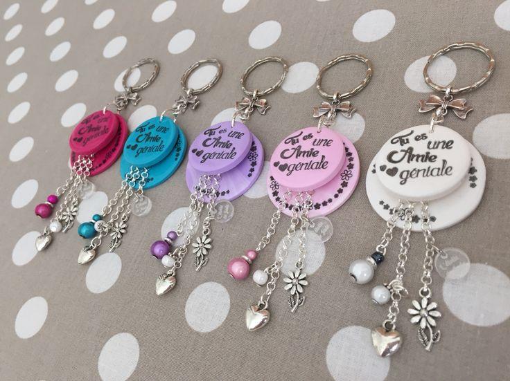 """Porte clés fantaisie """" tu es une amie géniale""""   http://l-etoile-de-jade.alittelmarket.com"""