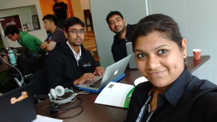 Finally, out with the pic of flatpebbler's from #MagicMalaysia..we dream, we work :)