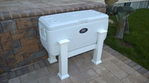 Best 20 cooler stand ideas on pinterest pallet cooler for Build your own walk in beer cooler